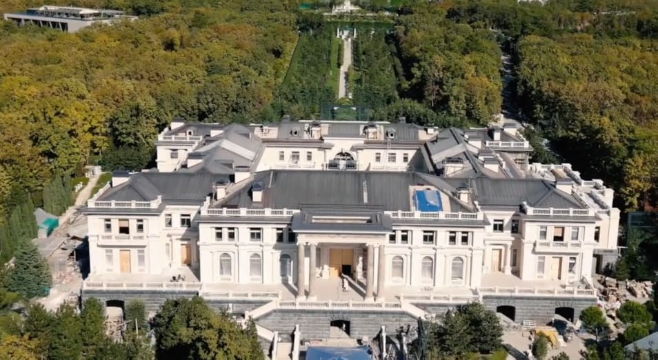 Putins Palace